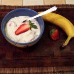 Joghurtos epersaláta banánnal